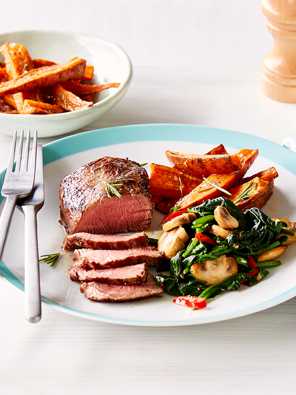 Pepper veal medallions, sweet potato & spinach